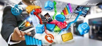Συσκευές και διαγράμματα τεχνολογίας εκμετάλλευσης επιχειρηματιών στο χέρι του Στοκ φωτογραφίες με δικαίωμα ελεύθερης χρήσης