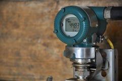 Συσκευή αποστολής σημάτων πίεσης στο πετρέλαιο και βιομηχανία φυσικού αερίου για την ελεγχόμενη διαδικασία, ψηφιακή επίδειξη του  Στοκ φωτογραφίες με δικαίωμα ελεύθερης χρήσης