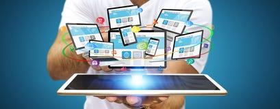 Συσκευή τεχνολογίας εκμετάλλευσης επιχειρηματιών στο χέρι του Στοκ Φωτογραφίες