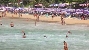 Συσσωρευμένη παραλία. απόθεμα βίντεο