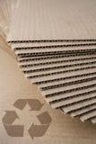 Συσσωρευμένο ανακύκλωσης χαρτόνι Στοκ φωτογραφίες με δικαίωμα ελεύθερης χρήσης