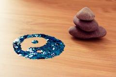 συσσωρευμένο δάσος συμβόλων πετρών yang ying zen Στοκ εικόνες με δικαίωμα ελεύθερης χρήσης