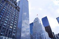 Συστάδα των ουρανοξυστών στο της περιφέρειας του κέντρου Μανχάταν, NYC στοκ φωτογραφία