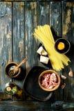 Συστατικά για τα ζυμαρικά Carbonara Στοκ Φωτογραφία
