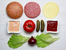 Συστατικά για το χάμπουργκερ Στοκ εικόνα με δικαίωμα ελεύθερης χρήσης