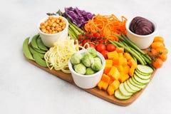 Συστατικά για το χορτοφάγο κύπελλο του Βούδα πρόχειρων φαγητών Στοκ εικόνα με δικαίωμα ελεύθερης χρήσης