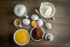 Συστατικά για το ψήσιμο ενός κέικ Στοκ Εικόνες