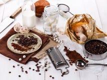 Συστατικά για το ψήσιμο με τη σοκολάτα Στοκ φωτογραφία με δικαίωμα ελεύθερης χρήσης