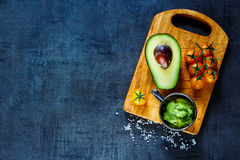 Συστατικά για το guacamole στοκ εικόνα με δικαίωμα ελεύθερης χρήσης