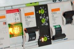 συστατικά ηλεκτρικά fuseboxes στοκ εικόνα με δικαίωμα ελεύθερης χρήσης