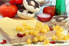συστατικά ιταλικά τροφίμ&omeg Στοκ Εικόνες