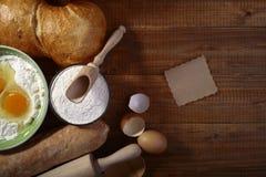 Συστατικά και συσκευές κουζινών Στοκ Εικόνες