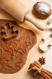 Συστατικά ψησίματος για τα μπισκότα Χριστουγέννων Στοκ φωτογραφία με δικαίωμα ελεύθερης χρήσης