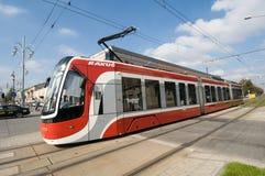 Συστροφή τραμ PESA σε CzÄ™stochowa Στοκ Φωτογραφία