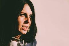 Συχνασμένο θηλυκό πορτρέτο στοκ φωτογραφία με δικαίωμα ελεύθερης χρήσης