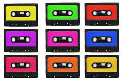 Συλλογή των αναδρομικών ταινιών cassete με τις πολύχρωμες αυτοκόλλητες ετικέττες ISO Στοκ εικόνες με δικαίωμα ελεύθερης χρήσης