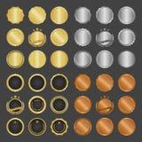 Συλλογή των σύγχρονων, χρυσών διακριτικών μετάλλων κύκλων, των ετικετών και των στοιχείων σχεδίου επίσης corel σύρετε το διάνυσμα Στοκ Φωτογραφία