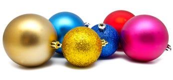 Συλλογή των τέλειων σφαιρών Χριστουγέννων χρωμάτων που απομονώνεται Στοκ εικόνες με δικαίωμα ελεύθερης χρήσης