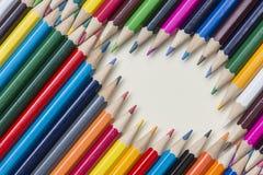 Συλλογή των χρωματισμένων ξύλινων μολυβιών στοκ εικόνα με δικαίωμα ελεύθερης χρήσης