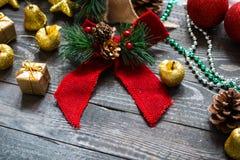 Συλλογή Χριστουγέννων, πέρα από το ξύλινο υπόβαθρο Στοκ Εικόνες