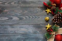 Συλλογή Χριστουγέννων, πέρα από το ξύλινο υπόβαθρο Στοκ Φωτογραφίες