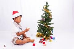 συλλογή Χριστουγέννων παιχνιδιού αγοριών Στοκ εικόνα με δικαίωμα ελεύθερης χρήσης
