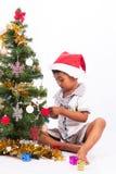 συλλογή Χριστουγέννων παιχνιδιού αγοριών Στοκ Εικόνα