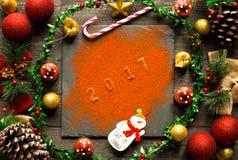 Συλλογή Χριστουγέννων, δώρα και διακοσμητικές διακοσμήσεις, Στοκ φωτογραφία με δικαίωμα ελεύθερης χρήσης