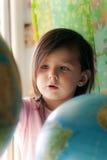 σφαίρα κοριτσιών λίγα Στοκ φωτογραφίες με δικαίωμα ελεύθερης χρήσης