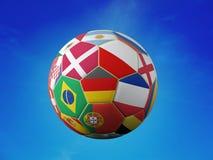 Σφαίρα ποδοσφαίρου με τις σημαίες εθνικών ομάδων Στοκ φωτογραφία με δικαίωμα ελεύθερης χρήσης