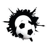 Σφαίρα ποδοσφαίρου και οικοδόμηση της απεικόνισης πόλεων Στοκ Φωτογραφία