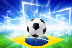 Σφαίρα ποδοσφαίρου, σημαία της Βραζιλίας Στοκ εικόνα με δικαίωμα ελεύθερης χρήσης