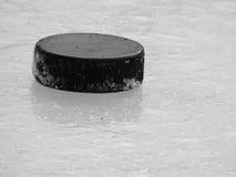 Σφαίρα στον πάγο Στοκ Εικόνες