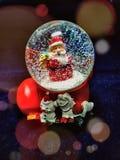 Σφαίρα χιονιού για τις διακοπές Χριστουγέννων Στοκ Εικόνες