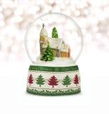 Σφαίρα χιονιού Χριστουγέννων ή σφαίρα γυαλιού Στοκ εικόνα με δικαίωμα ελεύθερης χρήσης