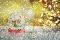 Σφαίρα χιονιού Χριστουγέννων νέο έτος Στοκ Φωτογραφίες
