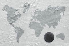 Σφαίρα χόκεϋ στον πάγο Στοκ εικόνα με δικαίωμα ελεύθερης χρήσης