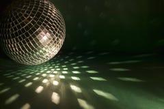 Σφαίρα Disco με τα φω'τα Στοκ εικόνες με δικαίωμα ελεύθερης χρήσης
