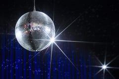 Σφαίρα disco νυχτερινών κέντρων διασκέδασης Στοκ Φωτογραφίες