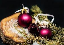 Σφαίρες ντεκόρ χριστουγεννιάτικων δέντρων Στοκ Εικόνες