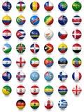 Σφαίρες ποδοσφαίρου ποδοσφαίρου με τις συστάσεις εθνικών σημαιών Στοκ φωτογραφία με δικαίωμα ελεύθερης χρήσης