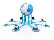 Σφαιρική έννοια επικοινωνίας Διαδικτύου, υπολογιστής που συνδέεται με τον κεντρικό υπολογιστή τρισδιάστατη απόδοση ελεύθερη απεικόνιση δικαιώματος