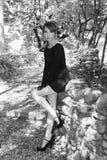Σφιχτά μαύρο φόρεμα Στοκ φωτογραφία με δικαίωμα ελεύθερης χρήσης