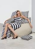 Σφιχτά φόρεμα και μαξιλάρια στοκ εικόνα με δικαίωμα ελεύθερης χρήσης