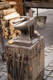 Σφυρί αμονιών και σιδηρουργών Στοκ Φωτογραφίες