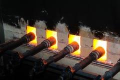 Σφυρηλατημένη πυρκαγιά για το κάψιμο φούρνων, κεραμική πορσελάνης στοκ εικόνα με δικαίωμα ελεύθερης χρήσης