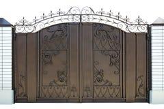 Σφυρηλατημένες διακοσμητικές πύλες. στοκ εικόνα