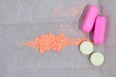 σφυροκοπημένες χάπια ταμ&p Στοκ φωτογραφία με δικαίωμα ελεύθερης χρήσης