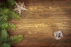 σχέδιο ανασκόπησής σας όπως η ανασκόπηση είναι μπορεί θέμα απεικόνισης Χριστουγέννων χρησιμοποιούμενο Σκοτεινό ξύλο backgroun Στοκ φωτογραφία με δικαίωμα ελεύθερης χρήσης