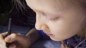 Σχέδιο κοριτσιών παιδιών απόθεμα βίντεο